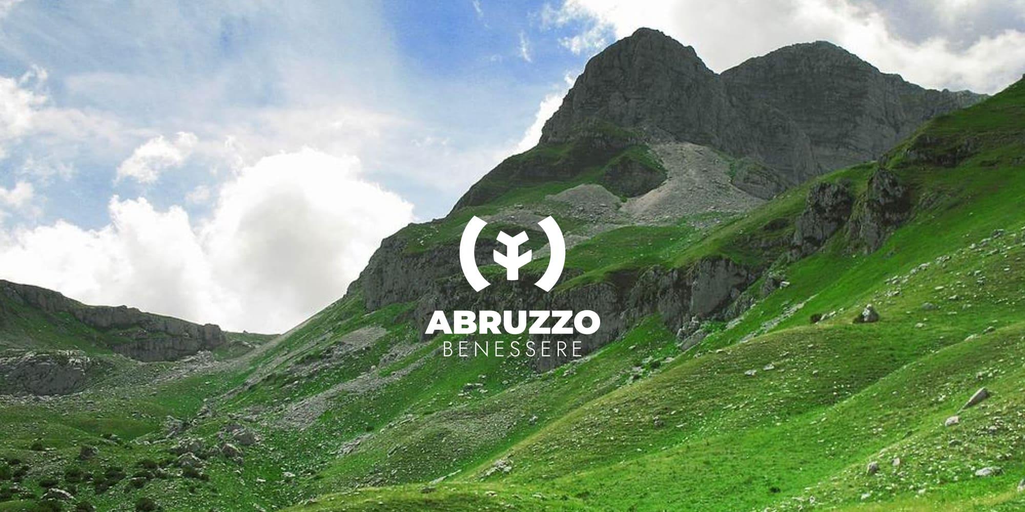 Abruzzo Benessere cover - stilographico